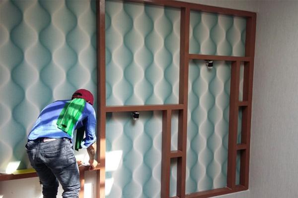 Cách thi công giấy dán tường